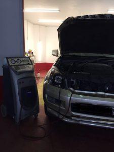 Заправка кондиционера автомобиля в Москве картинка 2