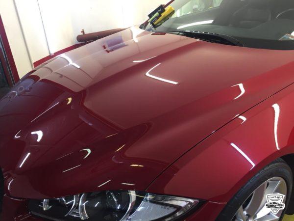 Керамическая защита кузова красного bmw x6