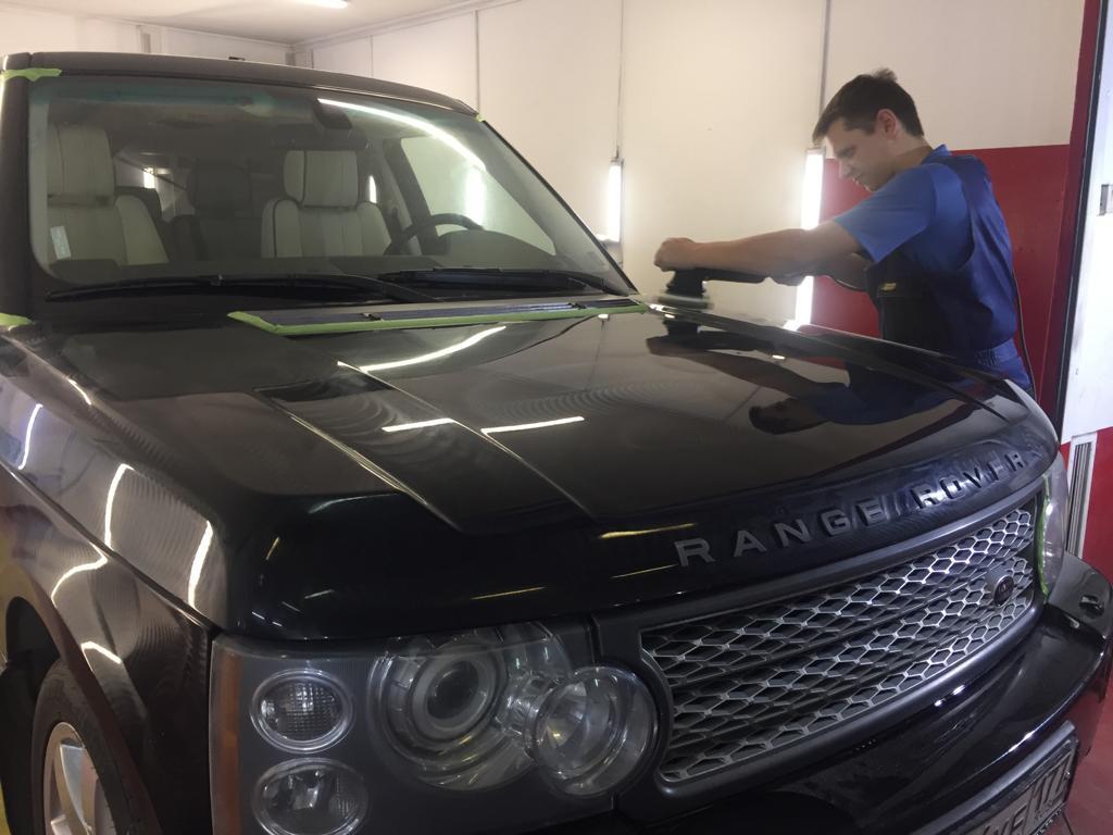 полировка крыла Range Rover Vogue 55