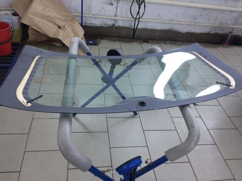 Замена заднего стекла